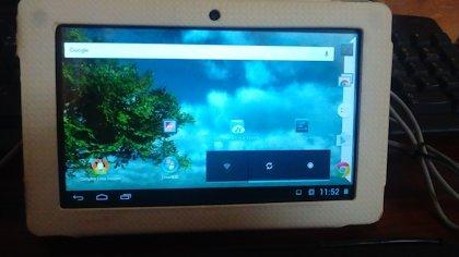 Android上でパソコンのOS、Linuxを使おう!