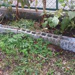 みかんの木を植えて少し畑が狭くなったので、ブロックのスペースを広げました